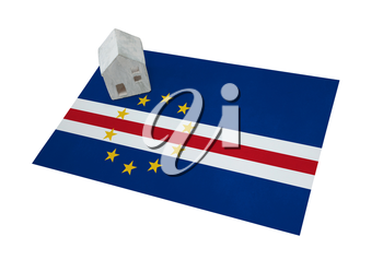 Small house on a flag - Living or migrating to Cape Verde