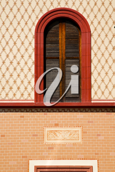 abbiate varese italy abstract  window   in the church and venetian blind