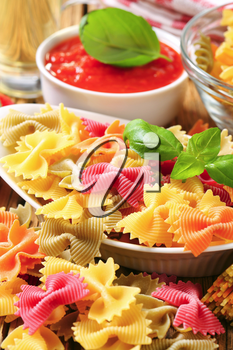 Flavored bow tie pasta and tomato puree